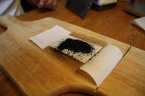 Put a Piece of Wet Paper Towel (Soaked) On the Carbon - It will Draw Venom Better!